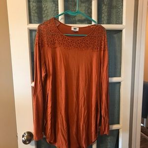 Lace open side tunic